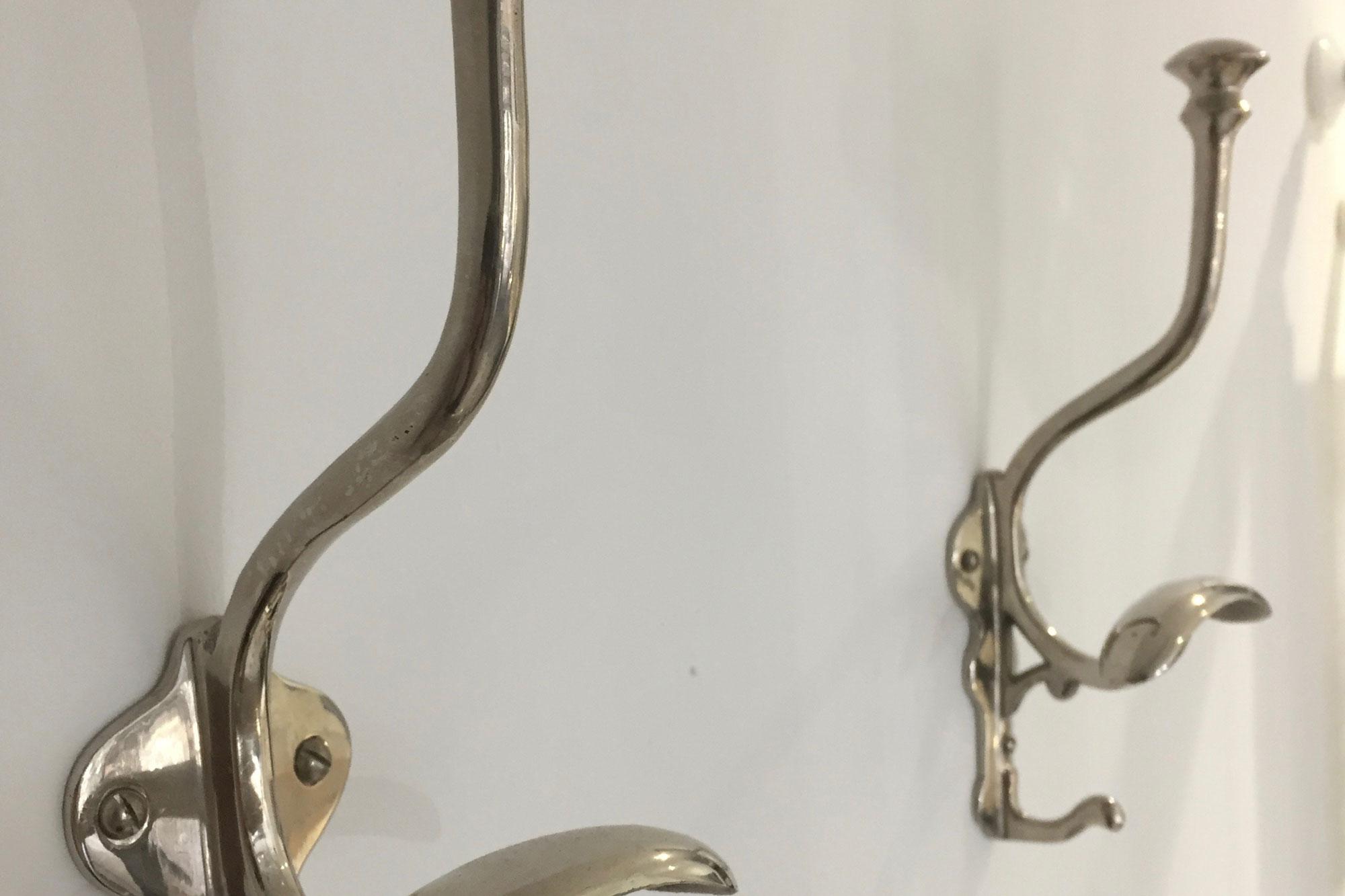 badkamer-haken-zilver - Blos Interieur
